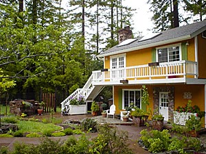 rental cottage with garden